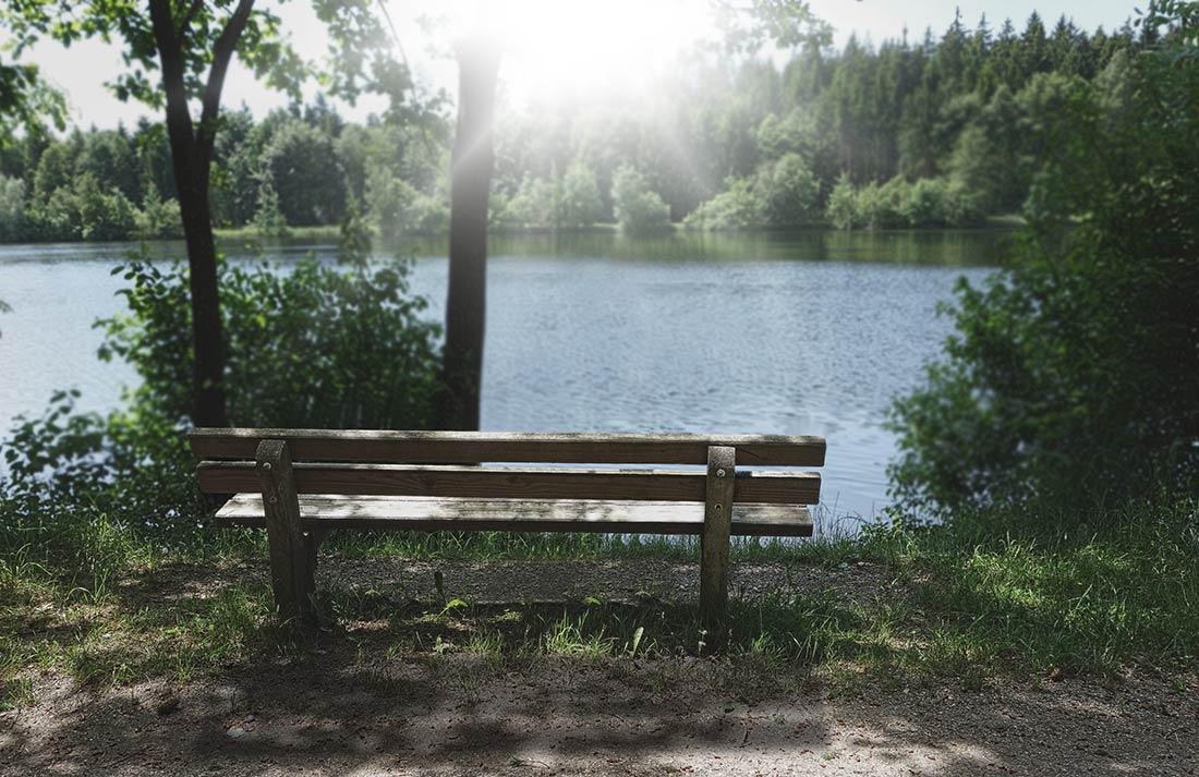 Ayurveda-Plus-Vitalchoaching_Bank-zum-Entspannen